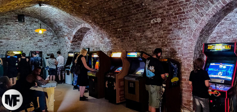 brutal assault 2019 - salle d'arcade