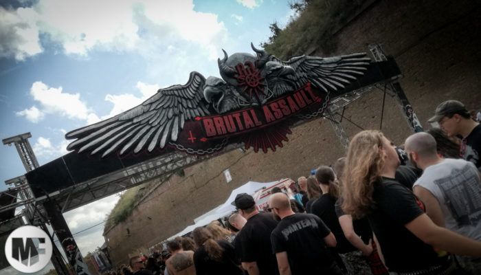 brutal assault 2019 - entrée